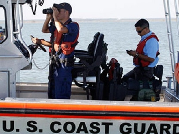6 boaters rescued off Sarasota
