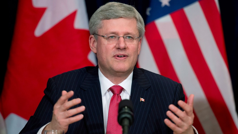 Prime Minister Stephen Harper speaks to business leaders during a meeting in New York, Thursday, May 16, 2013. (Adrian Wyld / THE CANADIAN PRESS)