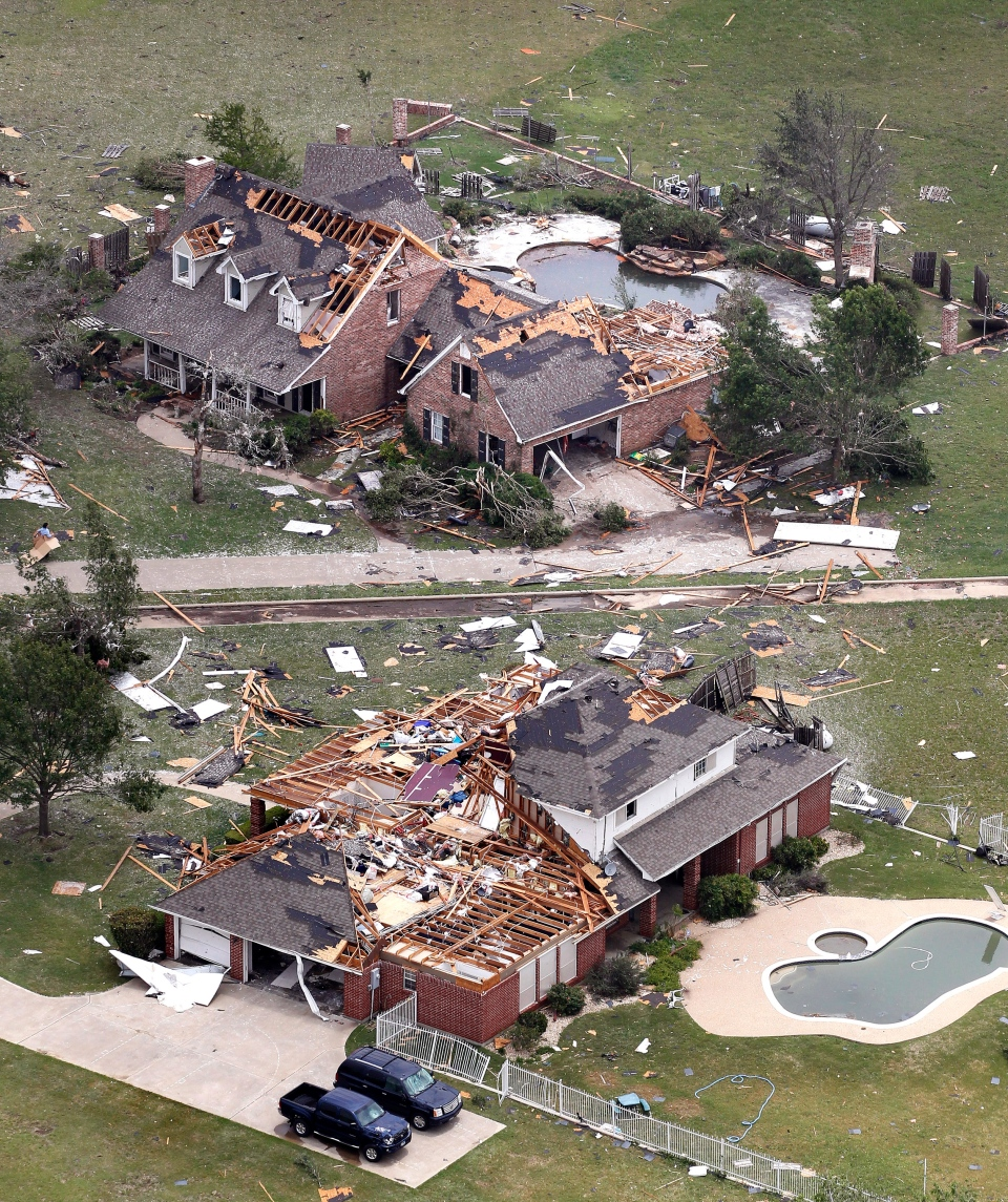 Ford Fort Worth >> 6 dead, homes destroyed after 16 tornadoes wallop North Texas | CTV News