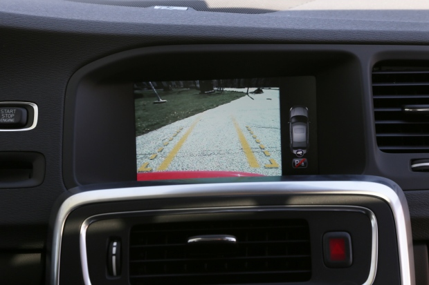 2013 volvo s60 camera screen
