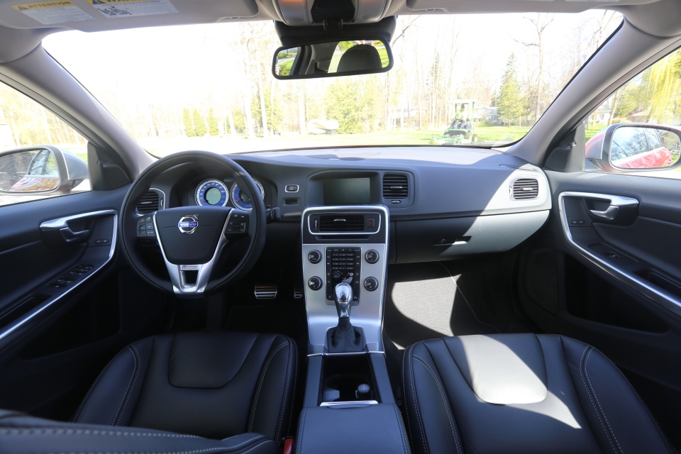 A comfortable and well laid out interiour can be found inside the S60. (Bill Wang/CTVNews.ca)