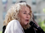 "Carole King performs on the NBC ""Today"" television program in New York on June 18, 2010.  (AP / Richard Drew)"