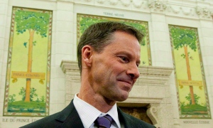Nigel Wright, chief of staff for Prime Minister Stephen Harper, appears as a witness at the Standing Committee on Access to Information, Privacy and Ethics on Parliament Hill in Ottawa on Nov. 2, 2010. (Sean Kilpatrick / THE CANADIAN PRESS)
