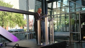 Edmonton's Mayor Stephen Mandel announces he will not seek a fourth term as mayor at the Art Gallery of Alberta Tuesday, May 21, 2013.