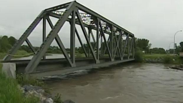 High River, Highwood River, flooding, river levels