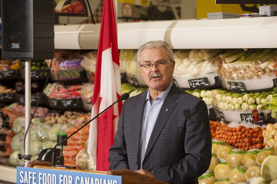 Agriculture Minister Gerry Ritz makes an announcement in Saskatoon, Friday, May 17, 2013 (MARKETWIRE / Government of Canada)