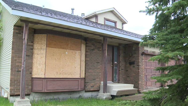 Lessard residents want vacant home 'unfit for human habitation' torn