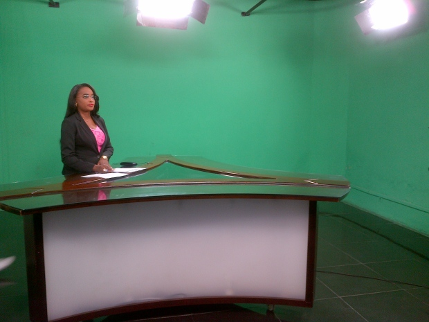 The Tele 50 anchor presents the 3 p.m. newscast in Kinshasa, DRC. (Lisa LaFlamme)