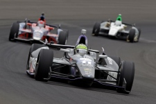 Tony Kanaan wins his first Indianapolis 500