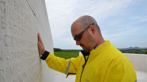 Vimy Ridge tour gives hope to Canadian veterans