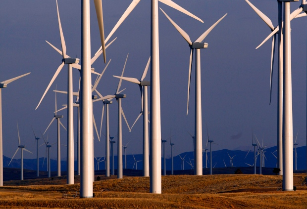Laurentian joins group to refinance wind farm