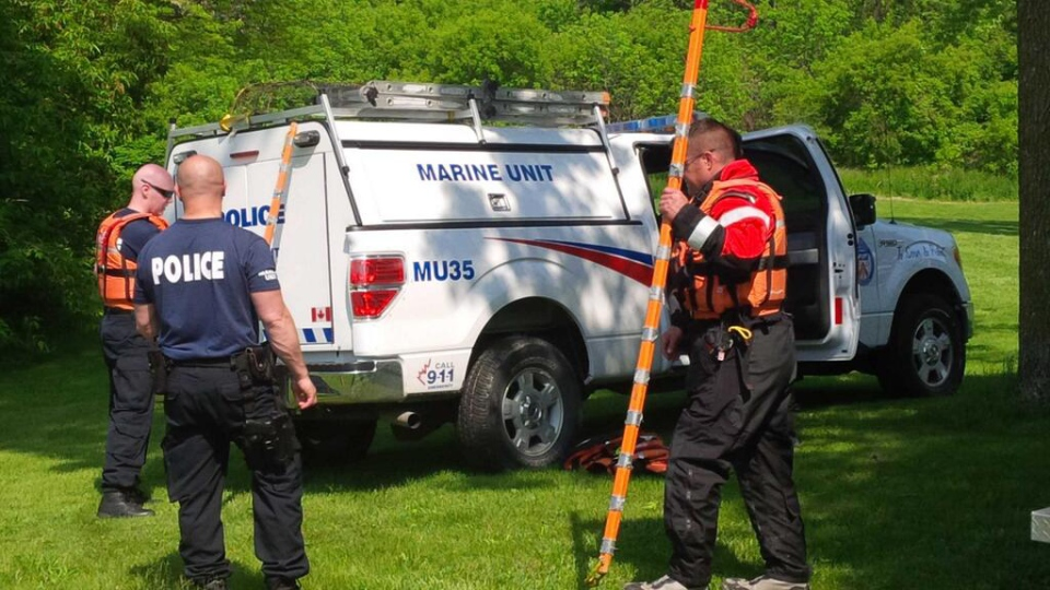 Search for man in Humber River