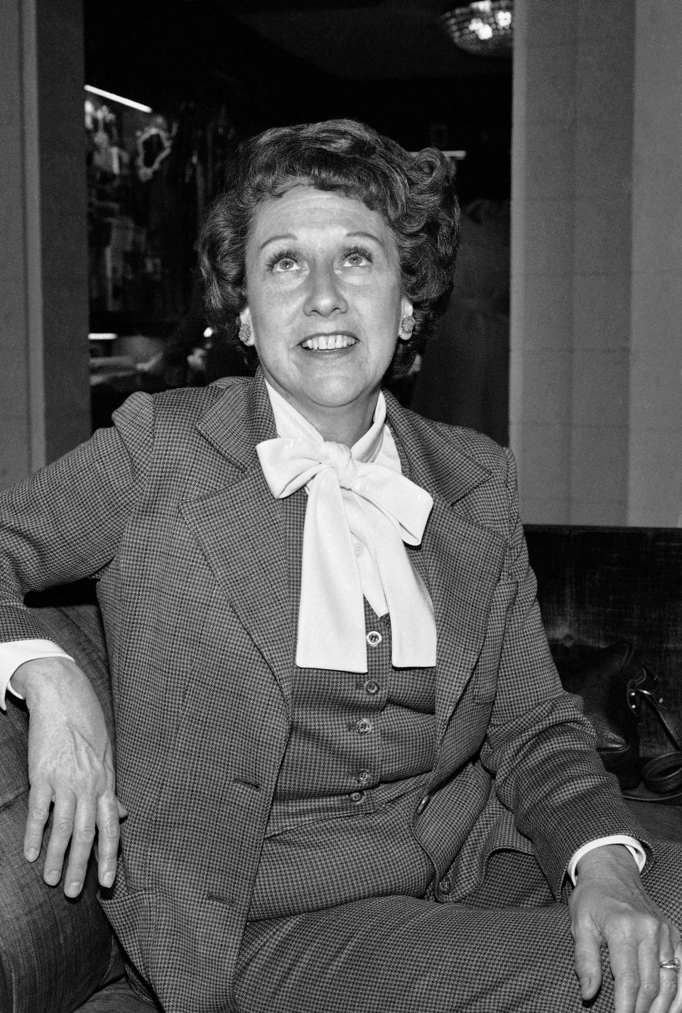 Actress Jean Stapleton speaks during an interview in Washington on Wednesday, March 3, 1977.  (AP / Jeff Taylor)