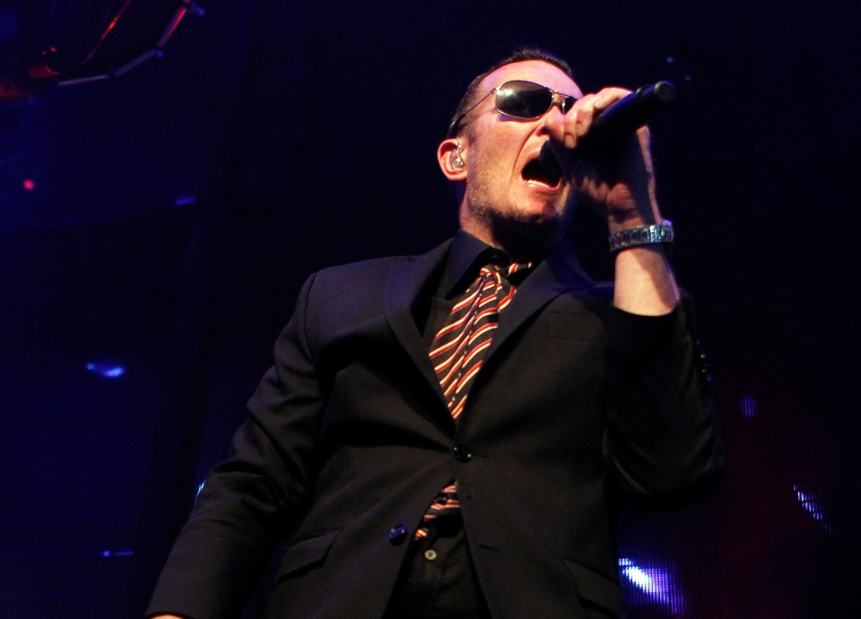 This Nov. 4, 2011 file photo originally released by Sony PlayStation shows Scott Weiland performing with Stone Temple Pilots during the Gran Turismo Awards in Las Vegas. (AP Photo/ Sony PlayStation, Isaac Brekken)