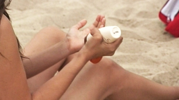 Sunscreen may slow skin aging?