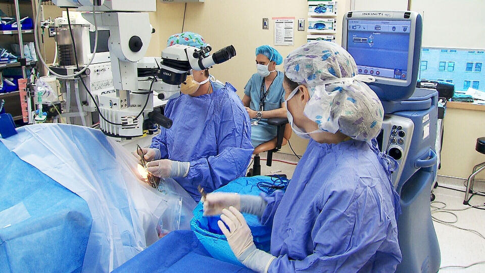 Eye surgeons have begun using an unusual material to repair damaged eyes: the placenta.
