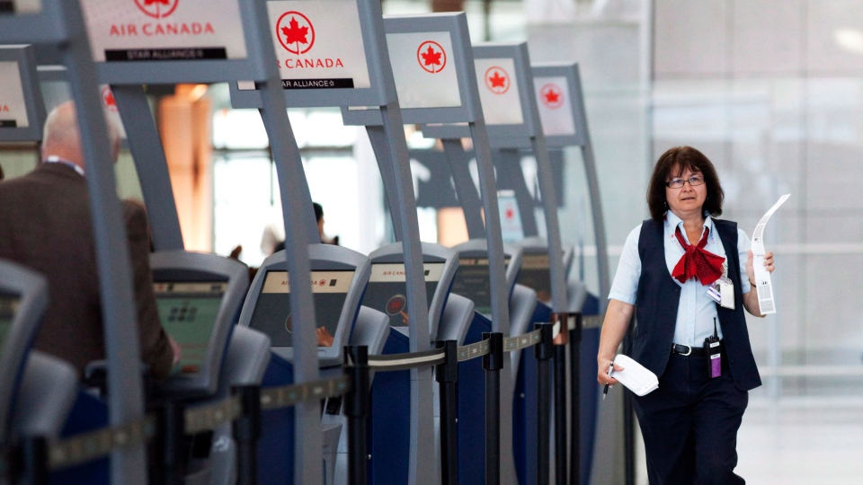 canadian airport holiday travel