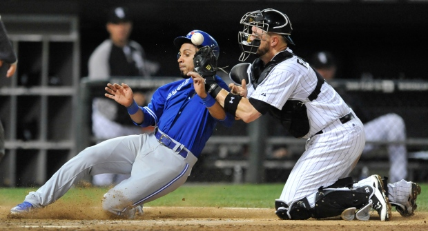 Blue Jays score comeback win over White Sox