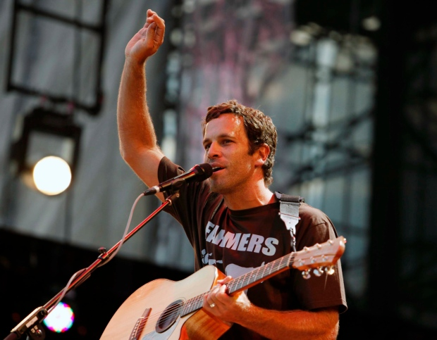 Jack Johnson steps into Bonnaroo's headlining spot
