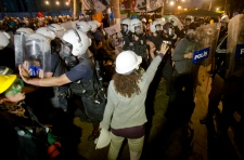 Water cannons, tear gas firedin Gezi Park