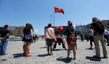 Turkish protesters gather in Taksim Square