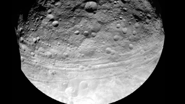 Asteroid NASA moon capture