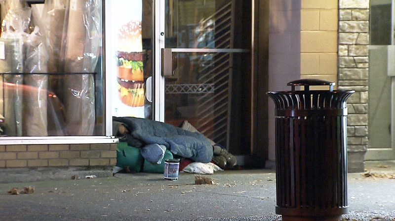 Homelessness in Canada affects about 200,000 people every year and comes with a $7 billion price tag, the first-ever national report on the issue has found.
