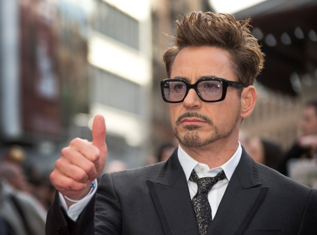 Robert Downey Jr. signs on for Avengers, Iron Man