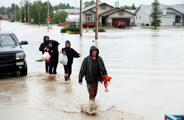 Flooding causes evacuations of Alberta communities