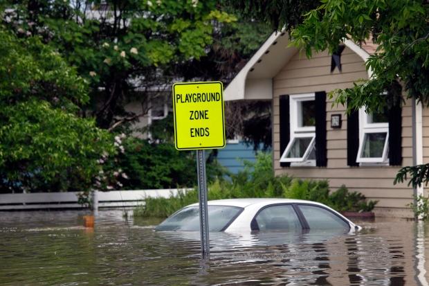 Alberta flood levels break records