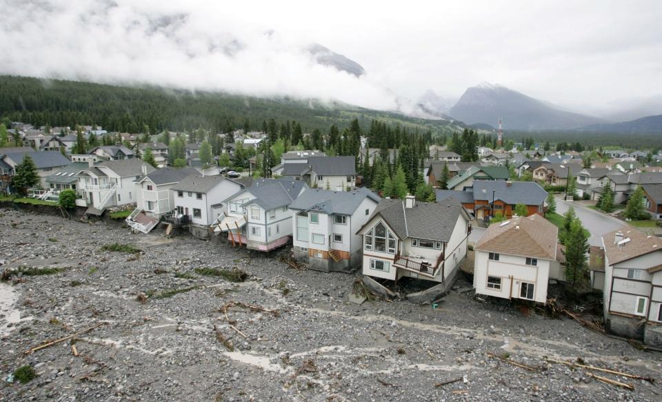 Flooded homes along Cougar Creek