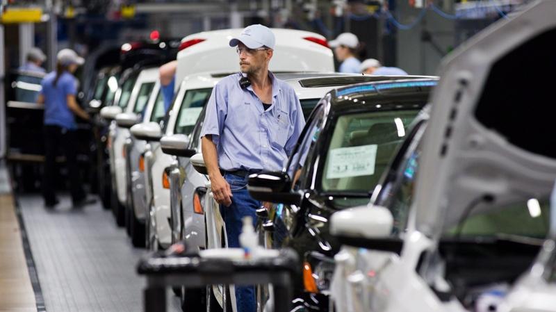 U.S. Volkswagen plant praised as global model
