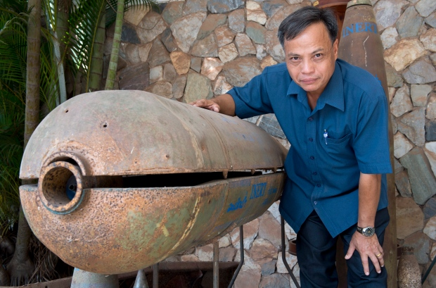 Laos cluster bombs