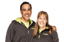 Hal Johnson, Joanne McLeod compete on Amazing Race