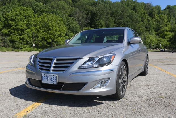 2013 Hyundai Genesis Sedan R Spec Review An Affordable