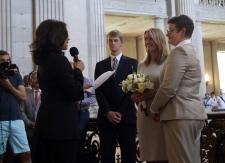Plaintiffs in California gay marriage case wed
