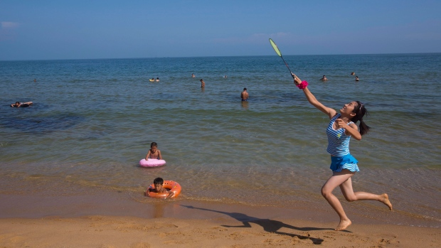 North Korea to build beach resort