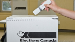 Mouvement Quebec francais is upset that Elections Canada is requiring clerks to greet voters in both languages.
