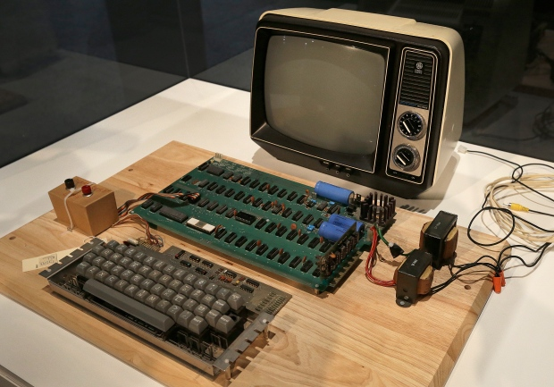 First Apple computer sold at auction