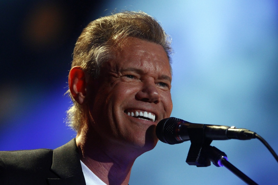 Randy Travis performs on day 2 of the 2013 CMA Music festival, June 2013. (Invision / Wade Payne)
