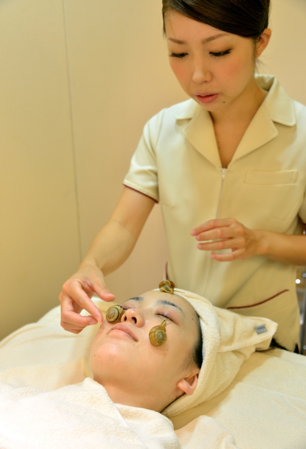 Snail facial treatment debuts in Japan
