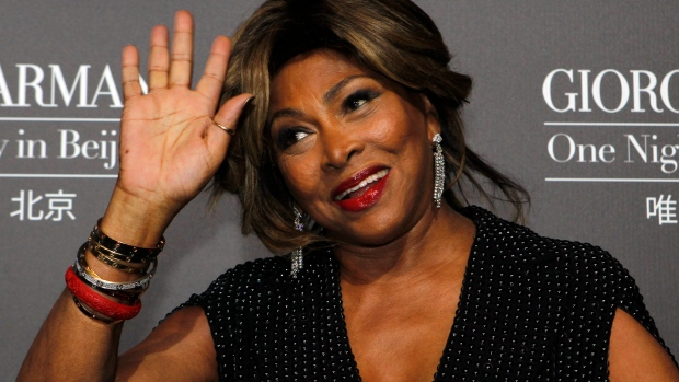 Tina Turner arrives for the Giorgio Armani fashion show held in Beijing, China, Thursday, May 31, 2012. (AP / Ng Han Guan)