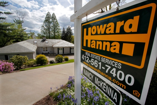 U.S. housing market remains near 3 1/2 year high