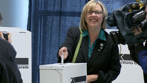 Green Party leader Elizabeth May casts her vote in the Saanich-Gulf Islands riding. May 2, 2011. (CTV)