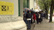 Vancouver voters line up to cast their ballots at Dunsmuir and Beatty streets. May 2, 2011. (CTV)