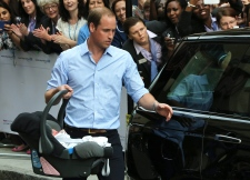 Royal baby car seat William Kate
