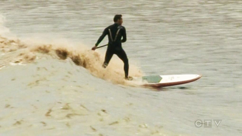 Surfers ride single tidal bore in New Brunswick