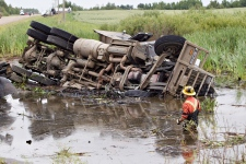 Car crash kills 6 in Saskatchewan