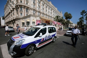 A view of the Carlton hotel, the scene of a daylight raid, in Cannes, southern France on Sunday, July 28, 2013. (AP / Lionel Cironneau)