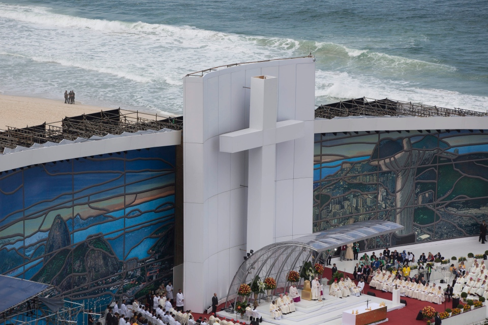 Pope Francis celebrates Mass on Copacabana beach, in Rio de Janeiro, Brazil, Sunday, July 28, 2013. (AP / Felipe Dana)